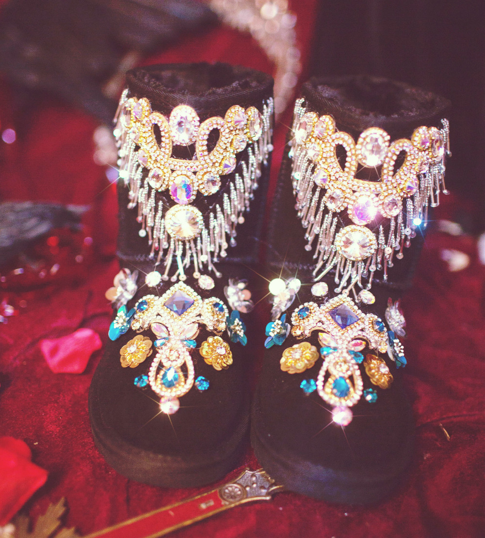 Luxury Flower Handmade Bling Rhinestones Bead Women Boot Sequins Tassel Chain Cowhide Snow Female Winter Shoes Botines Mujer in Ankle Boots from Shoes