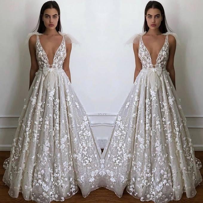 Sexy Deep V Neck Flowers Wedding Dress 2019 Charming Bow Spaghetti