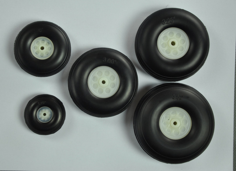 1 Pair Of RC Airplane Parts PU Rubber Wheels 3.75 Inch /95.3mm With Plastic Hub D95.25x H34x5mm недорого