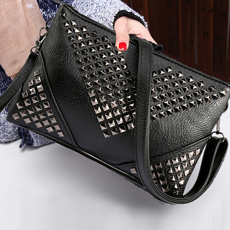 rivet vintage brand new women leather handbag black messenger bag over the shoulder female bolso valentine clutch