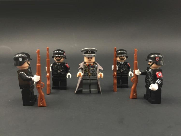 World War II German Master original diy Blocks educational toy swat police military weapon accessories Compatible Mini figures mini world diy ls mn1060
