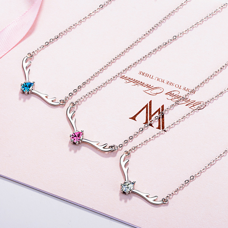 Lovely Cute Little Deer Horn Antler Elk Blue Pink Crystal Pendant Necklace Female Clavicle Chain Korean Students Jewelry Gift