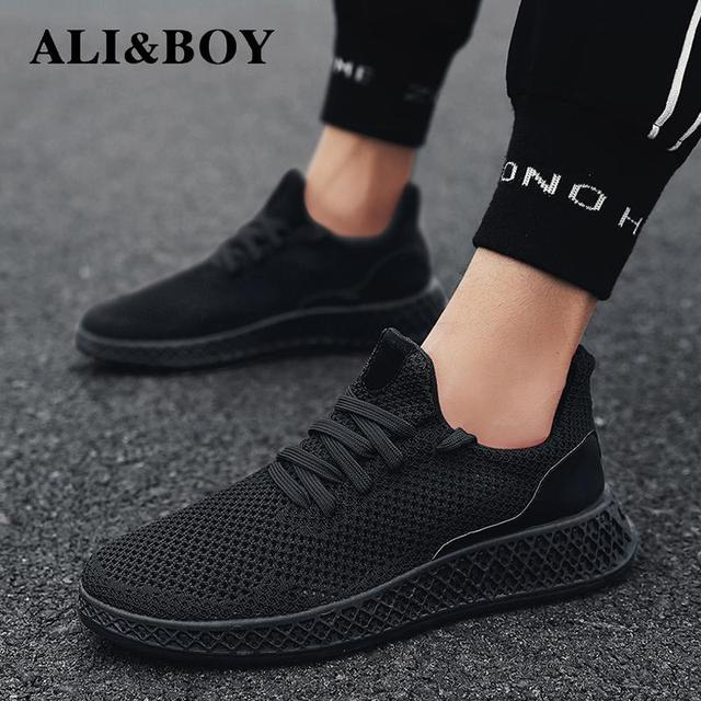 Men Sneakers Running Shoes Lightweight Sneakers Mesh Breathable Sport Shoes Jogging Walking Shoes Athletics Shoes