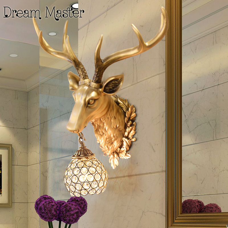 цена American retro creative wall lamp antlers living room corridor lamp deer head wall lamp онлайн в 2017 году