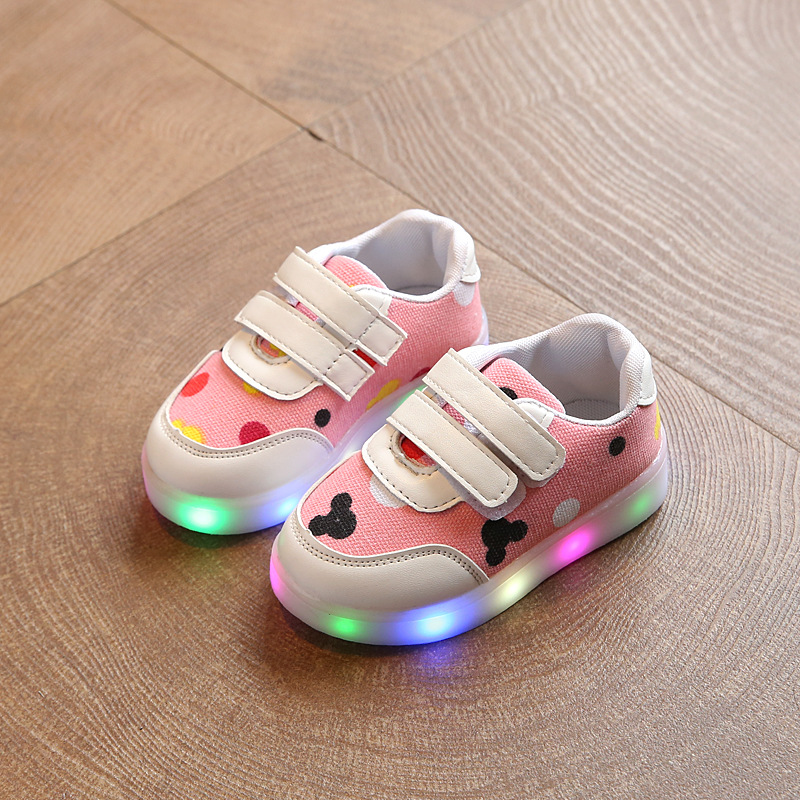 2017 spring and autumn new children s shoes and girls colorful light emitting shoes LED lighting