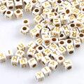 400 шт. смешанный белый и золотой Акриловый Алфавит/буквы Квадратные бусины пони бусины для изготовления ювелирных изделий 6x6 мм YKL0569