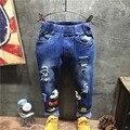 Niños Lindos Agujero Roto Pantalones 2016 Muchachas de Los Bebés Pantalones Vaqueros de Marca de Moda Autumn4-8T Niños Pantalones Ropa de Niños