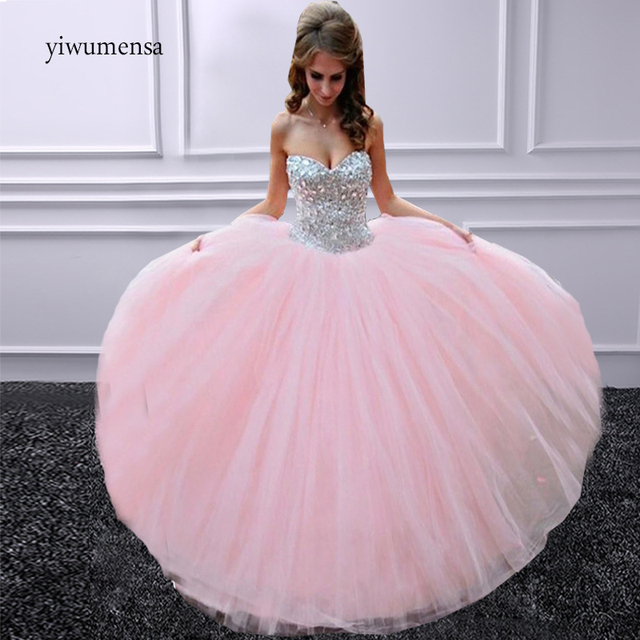 297c52809fa Elegant strapless Beaded prom dresses 2017 Sweetheart Ball Gown princess  style Tulle prom dress 2018 Custom made evening Gowns