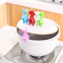 1PC Silicone Small Cute Men Pot Lid Holder for Cover Spill-proof Anti-overflowing Stand Kitchen Supplies OK 0957