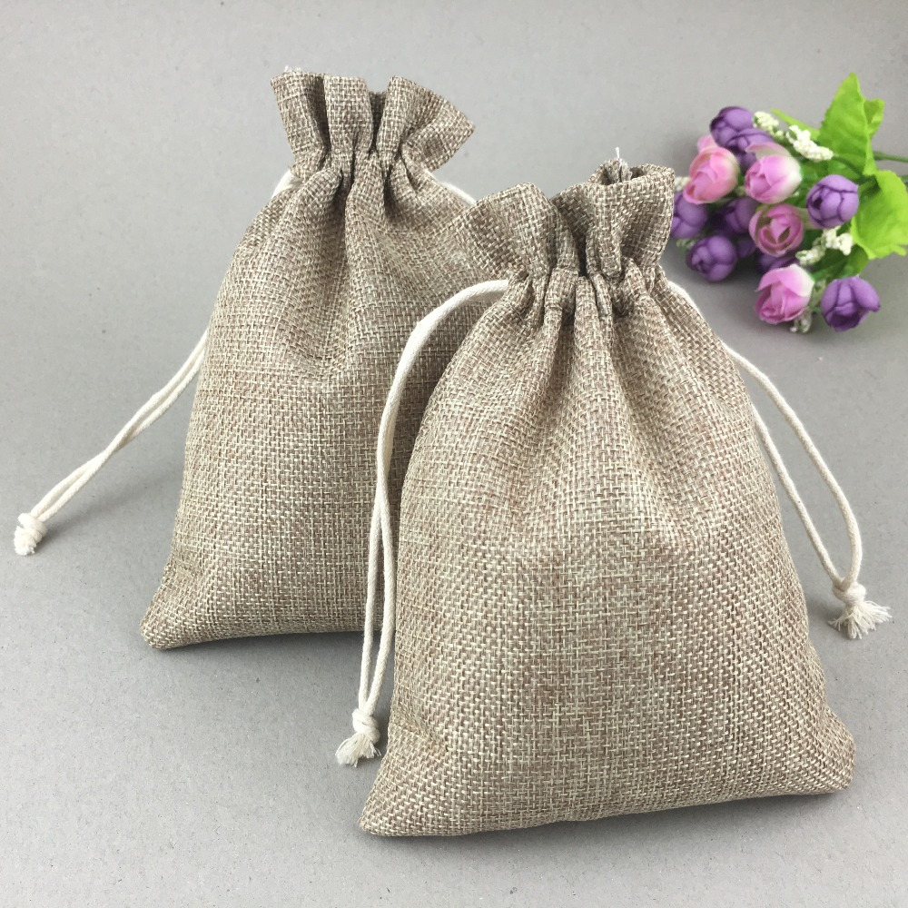 50Pcs/Lot Natural Jute Sack Vintage Style Handmade Drawstring Bags For Jewelry Wedding Christmas Gift Packaging Linen Pouch Bags