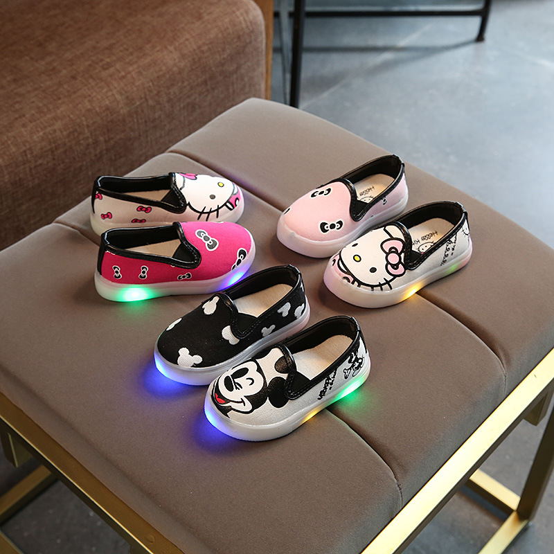 2018 cartoon Lovely cute glowing baby tennis shoes slip on excellent fashion baby casual shoes all seasons girls boys toddlers