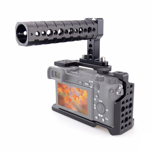 Image 5 - MAGICRIG DSLR kamera kafesi için Üst Kolu ile Sony A6400/A6000/A6300/A6500 Kamera Dağı Mikrofon Monitör flash