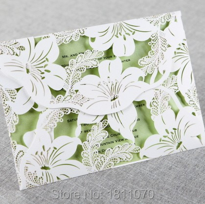 White Lily Blossom Laser Cutting Wedding Invitations Include Envelopes High Quality Cards Free Shipping LIBH3577