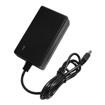 16.8V 2A 21V 1A 12.6V 1.5A 8.4V 2A 18650 Lithium Battery Charger Dc 5.5 Mm * 2.1 Mm 110-220V Lithium Li-Ion Batterij Wall Charger