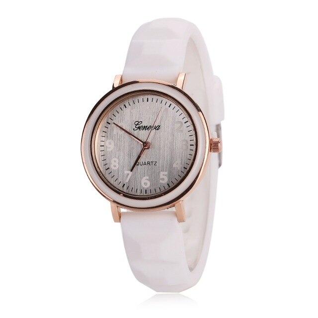 2016 GENEVA Sports Quartz Watch Women Silicone Rubber Jelly Gel Analog Watches Girls Running Wrist Watch
