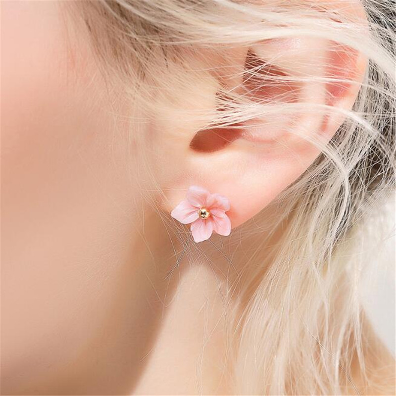 100 18K Pure Gold Shell Carvings Pink Peach Flowers Stud Earrings For Women Elegant Lady Gift AU750 Gold Jewelry in Earrings from Jewelry Accessories