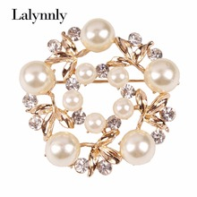 Exquisite Flower Imitation Pearl Inlaid Rhinestone Wedding Women Brooch Pins Wholesale X00381