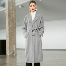 цена на Plaid turn down collar loose plus size straight long trench coats 2018 new single breasted full sleeve women autumn trench coats