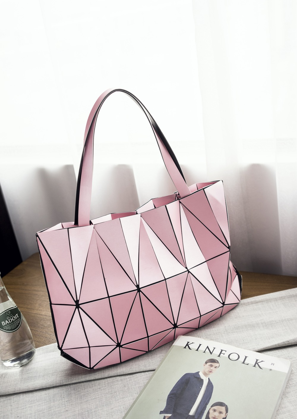 2017 Brand Women Fashion Triangle Laser BaoBao Bag Female Tote Diamond Geometry Quilted Handbag Mosaic Shoulder Bags with LOGO 2015 hot fashion top top quality same as baobao 1 1 women s lattice geometry quilted handbag geometric mosaic totes bag6 6