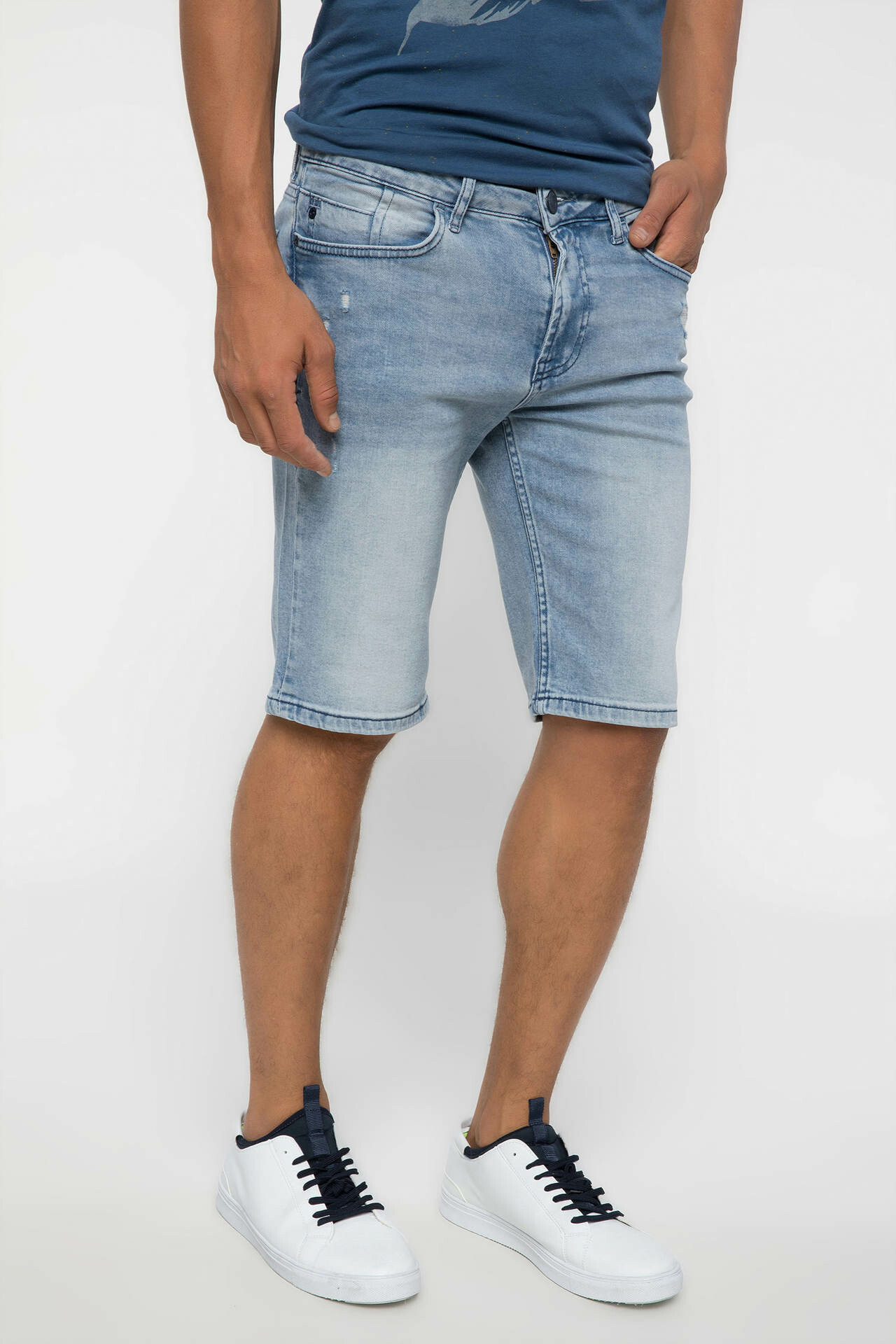 DeFacto Men Summer Light Blue Bleached Denim   Shorts   Straight Casual Denim   Short   Jeans Bermuda I8801AZ18SMNM63