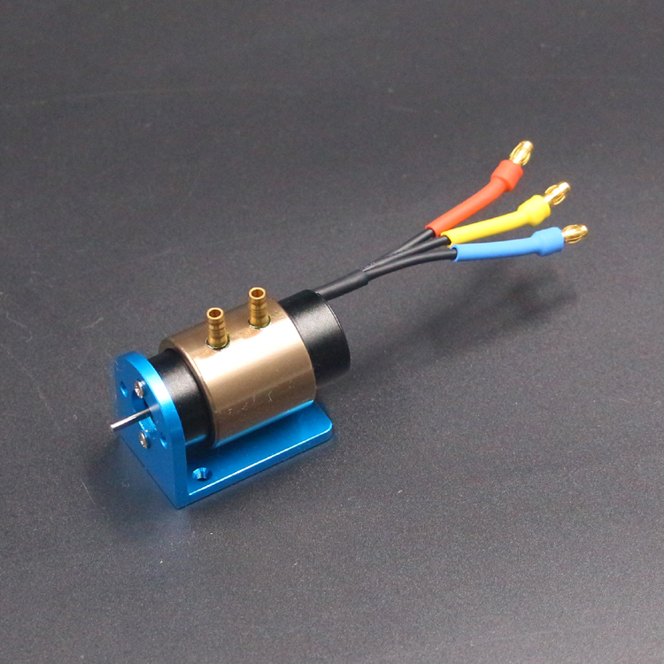 1PCS Water-cooled Motor 2040-3300KV Brushless Motors 2mm 2.3mm D Axis with Motor Seat for RC Electric Gasoline Boats