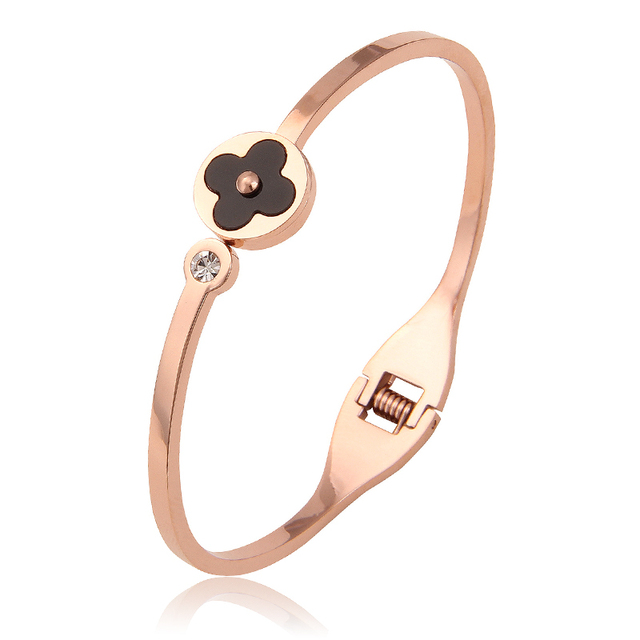 Women's Cuff Bracelets High Quality Stainless Steel Female Jewelry with Crystals Rose Gold Four-Leaf Clover Bracelets Bangles