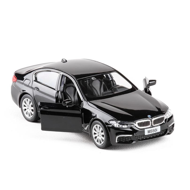 1:36 m550i simulación vehículos de juguete aleación pull back mini car replica autorizada por la fábrica original modelo Juguetes colección