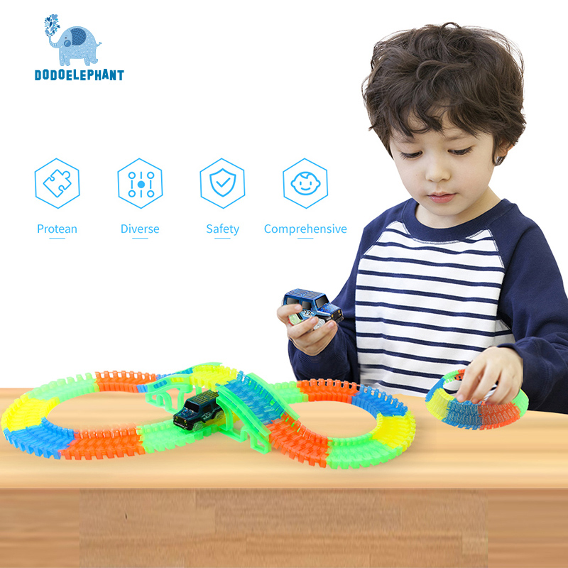 DODOELEPHANT 132pcs 64pcs Race Track Racing Glowing Car Racing Track Assembly Car Toy Railway Slot Flexible Toys For Boys Gift