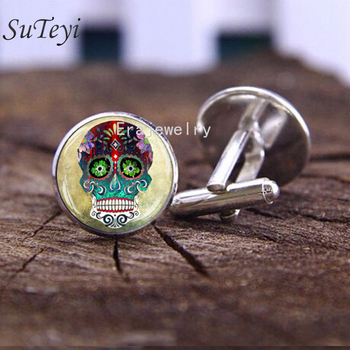 SUTEYI Brand Sugar Skull Mens Cufflinks Mexican Steampunk Style Rose Hipster Skull Cuff Links High Quality Glass Dome Cufflink image