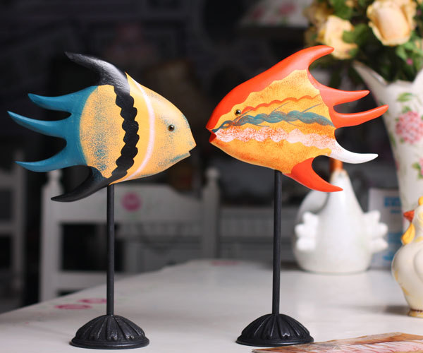 Two Piece Nordic Style Painting Fish Set Wood Carving Craft Furnishing Articles Home Decoration