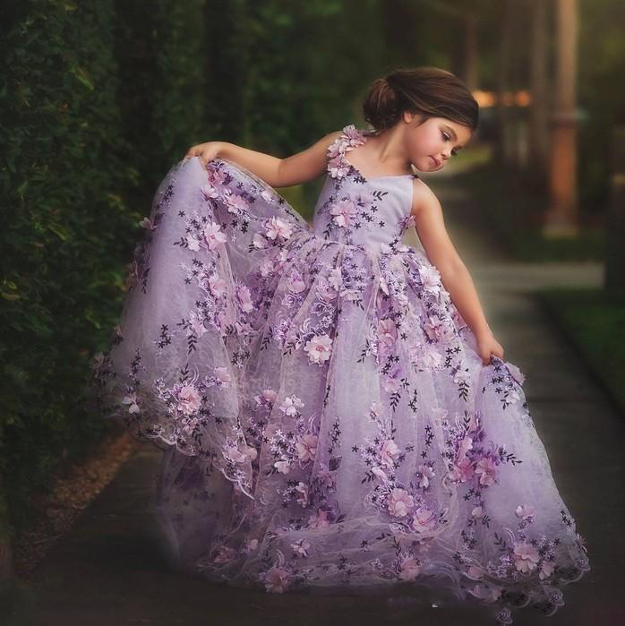 Lavender Lace Little Girls Pageant Dresses 3D Floral Appliques Toddler Ball Gown Flower Girl Dress Floor Length Tulle First Comm