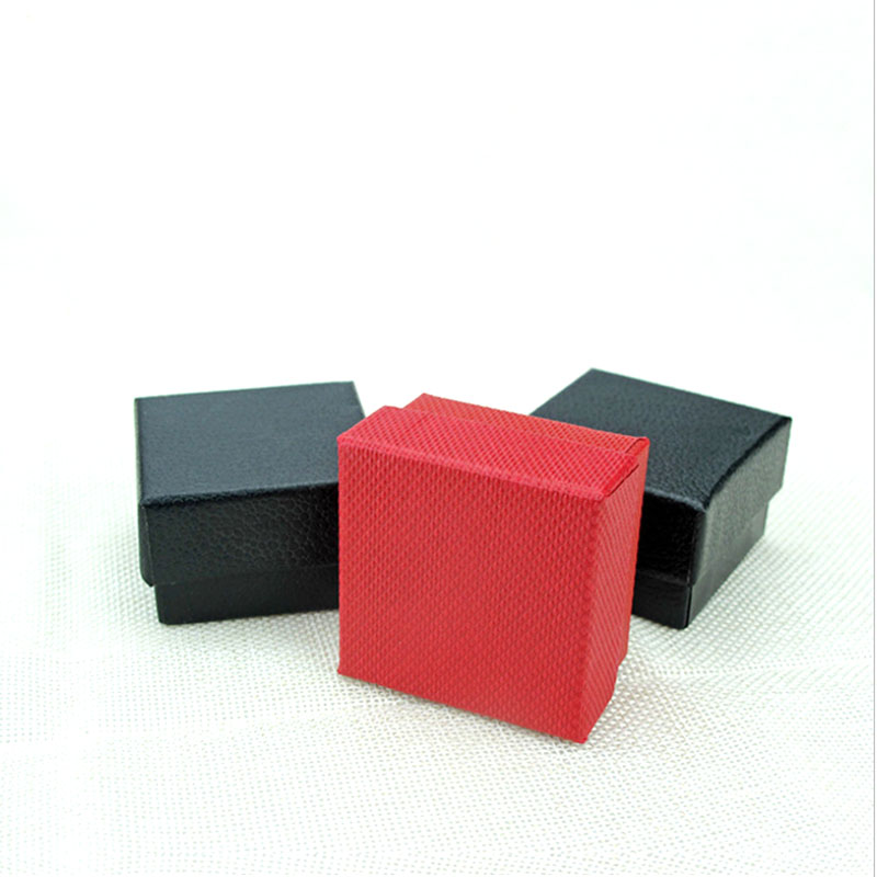 2019 New Fashion Red Black  Box 5x5x3cm Fashion Dot Kraft Paper Box For Earring/ring /bracelet/necklace Jewelry Box A6