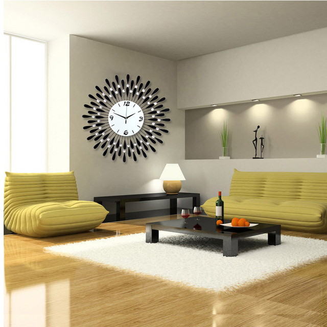 Luminousness Large Luxury Iron Diamond Living Room Wall Clock Fashion Modern Personality Silent Watch
