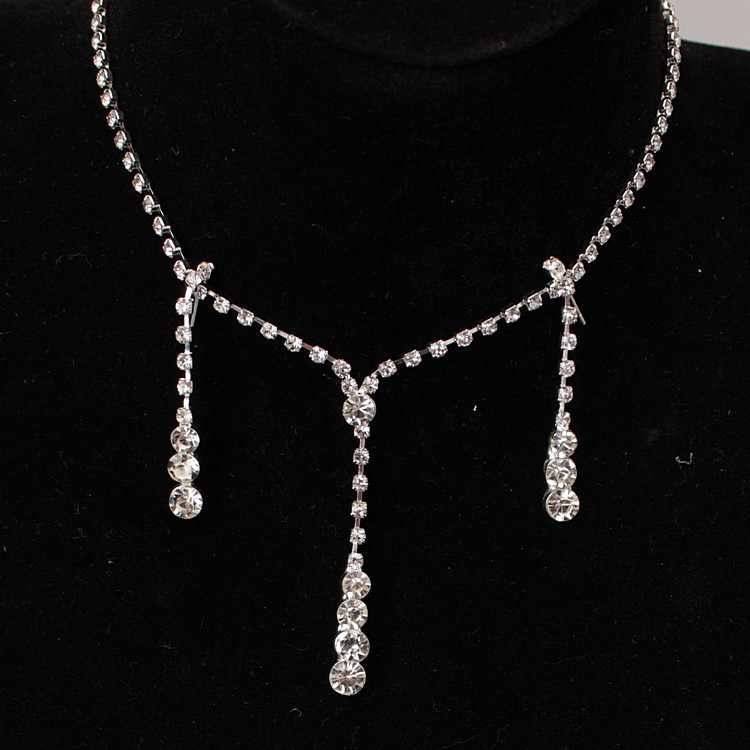 2 Sets Of New Fashion Necklace 2017 Beautiful Bride Crystal Wedding Jewelry Necklace Women Gifts Free Shipping Necklace Women