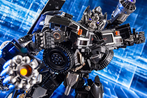 Image 4 - Transformation Black Mamba over size metal part MPM06 ls09 ls 09 Ironhide figure toy