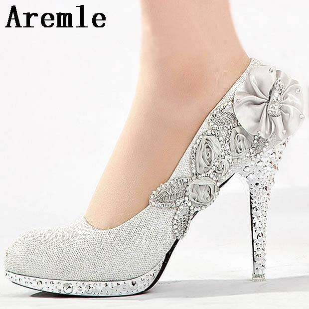 60d1a34cb5a5 Wedding Shoes Glitter Gorgeous Bridal Evening Party Crystal High Heels  Women Shoes Sexy Woman Pumps silver Bridal Shoes 6 color