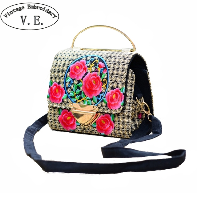 c13caf87b040 2019 New Women Handbags National Floral Embroidery Messengers Bags Ethnic  Canvas Shoulder Bag Travel Party Evening Totes