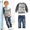 Menoea Otoño Muchachos de Los Niños Arropa los Sistemas de Manga Larga t-shirt + Jeans 2 unids Niños Trajes de Dibujos Animados Patrón de Coches muchachos Que Arropan los Sistemas