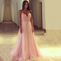 Спагетти ремень Розовый Тюль Пром платья Аппликации v образным вырезом длиной до пола Длина оборками Вечерние платья модные Платья для вече