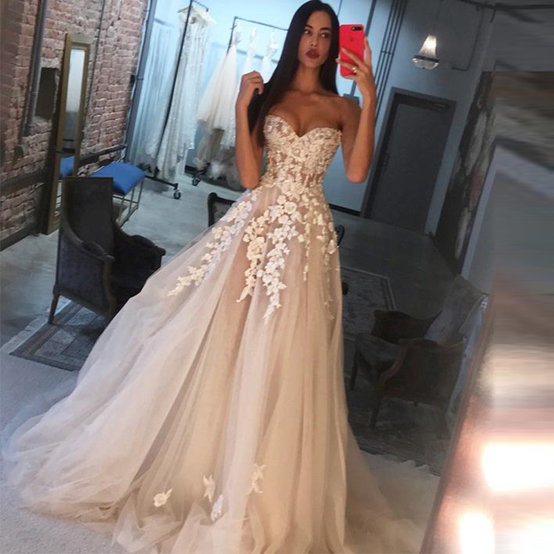 Robe De Mariee Sweetheart Sleeveless Appliques Tulle Wedding Dress Court Train A Line Princess Wedding Gown 2020 Bridal Dress