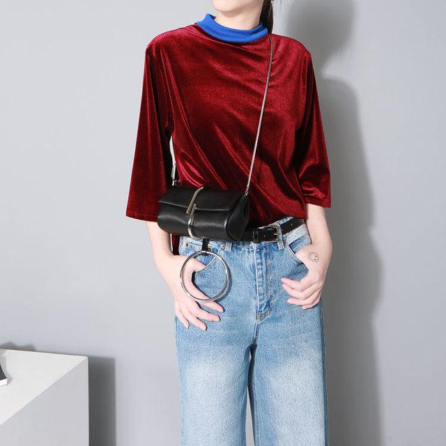 [Twotwinstyle] 2017 otoño invierno de la vendimia de terciopelo del collar del soporte mujeres de la camiseta nueva moda hit color