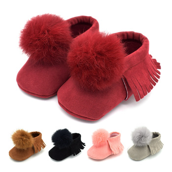 19 Autumn and Winter Boys and Girls Fringed ball soft Bottom Baby Shoes 0-1 Years old Baby toddler Shoes 5 color Baby shoes 2018 winter plus cotton girls princess shoes genuine leather soft bottom for children 0 1 years old female baby toddler shoes