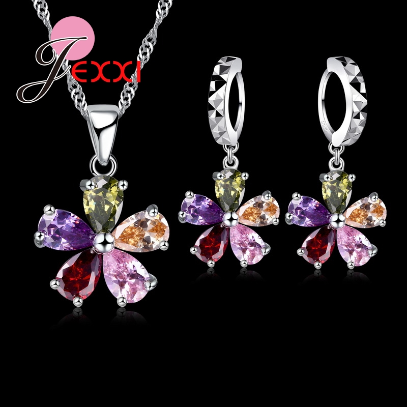 JEXXI Five Petaled Flowers Shinning Colorido CZ Conjuntos de joyas de cristal 925 Sterling Necklace + Dangle / Hoop Pendientes Conjuntos
