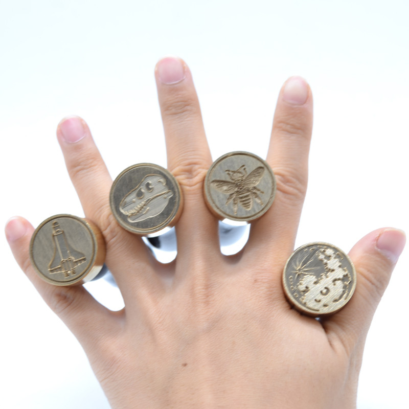 The Beautiful Moon Wax Seal Stamp Black Wood Handle Cooper Head 25mm Moon Seal Stamp For