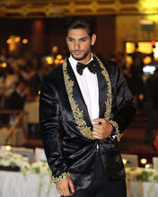 цена на Black Groom Wedding Suits Men's Shawl Lapel Formal Dinner Suit Blazer Gold Lace
