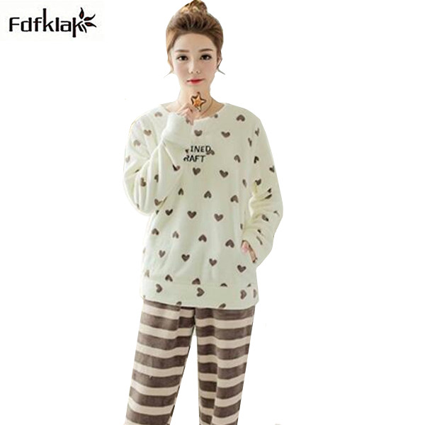 1e2d40574d 2017 Autumn Winter New Women Pyjamas Sets Thick Warm Flannel Women s Suits  Sleepwear Sets Pajamas Womens Tracksuit M-XXL E0755