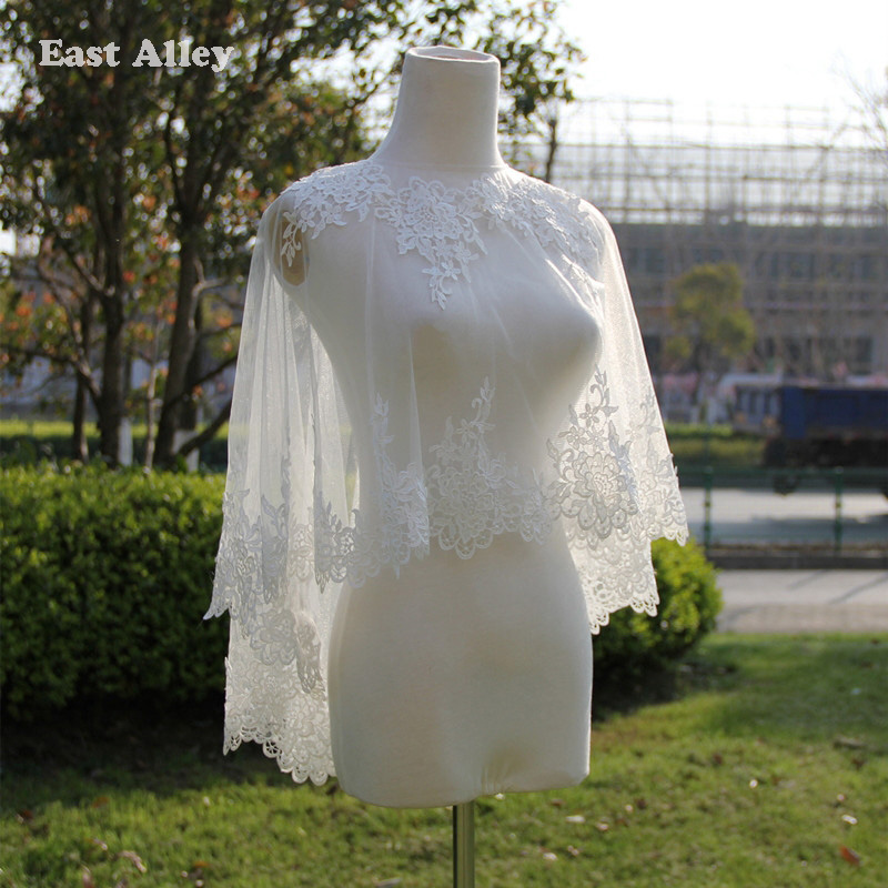 Encaje de color beige sexy boda mantón de encaje apliques nupciales encogiéndose de hombros en el cabo de la estola