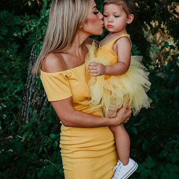 Mommy And Me Family Look Matching Dress Off Shoulder Mom Dresses And Baby Daughter Mesh Sleeveless Dress Mother Girl Outfits