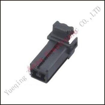 Hombre conector hembra conector de cable conector de tyco enchufes terminales hembra fusible caja con cable arnés suave chaqueta DJ3028-1.5-21