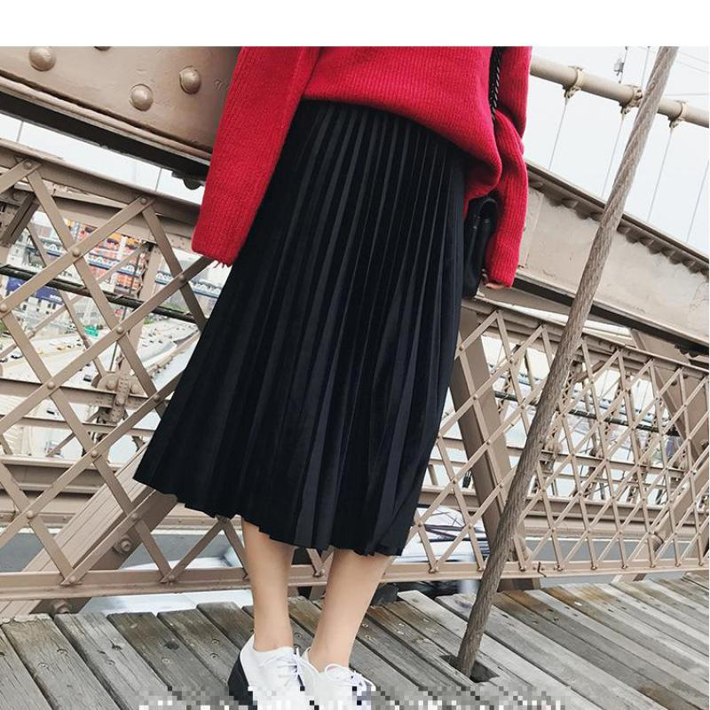 9ed252c047 2019 New Arrival Simple   Fashion Velvet Pleated Skirt Faldas Largas  Elegantes Vintage Skirt 6 Colors Available Free Shipping-in Skirts from  Women s ...